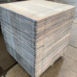 Lariks steenschot 110 x 120 x 4 cm